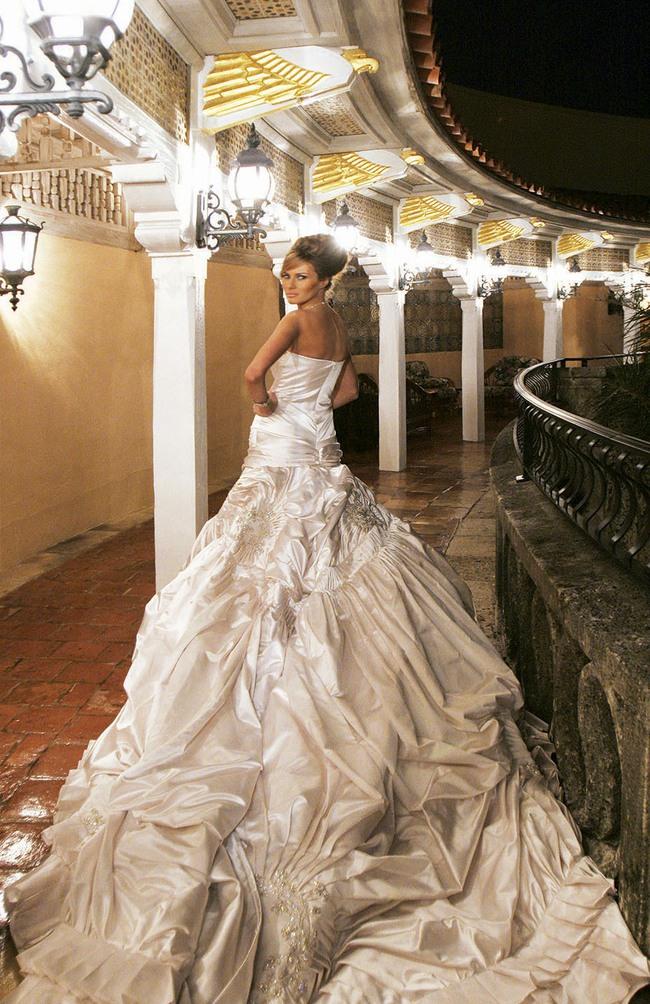 Chùm ảnh: Đám cưới xa hoa của tỷ phú Donald Trump cùng siêu mẫu Melania 11 năm trước - Ảnh 9.