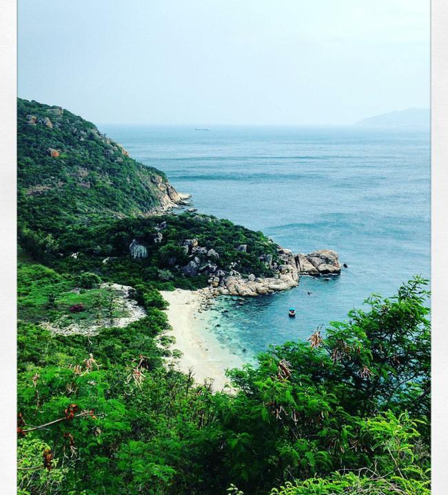 Cần chi đi đâu xa, ở Việt Nam cũng có những vùng biển đẹp không thua gì Maldives! - Ảnh 10.