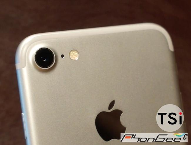Đã xuất hiện ảnh thật của iPhone 7 tại Việt Nam - Ảnh 1.
