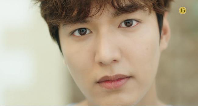 Blue Sea: Jeon Ji Hyun vừa lên cạn đã đảo lộn cuộc đời Lee Min Ho - Ảnh 7.
