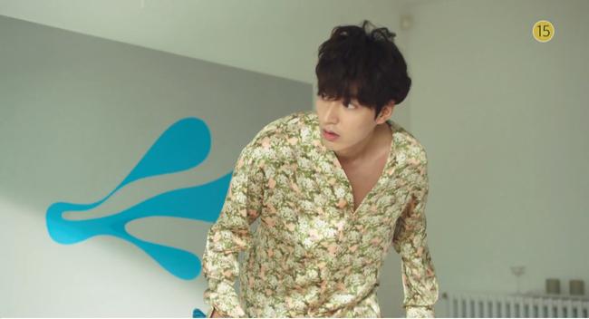 Blue Sea: Jeon Ji Hyun vừa lên cạn đã đảo lộn cuộc đời Lee Min Ho - Ảnh 8.