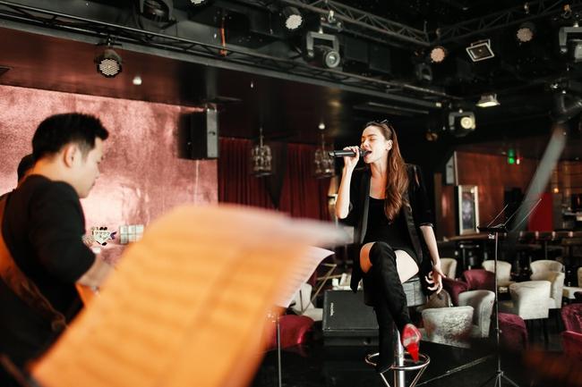Hồ Ngọc Hà đích thân biên tập và xây dựng kịch bản cho đêm nhạc riêng