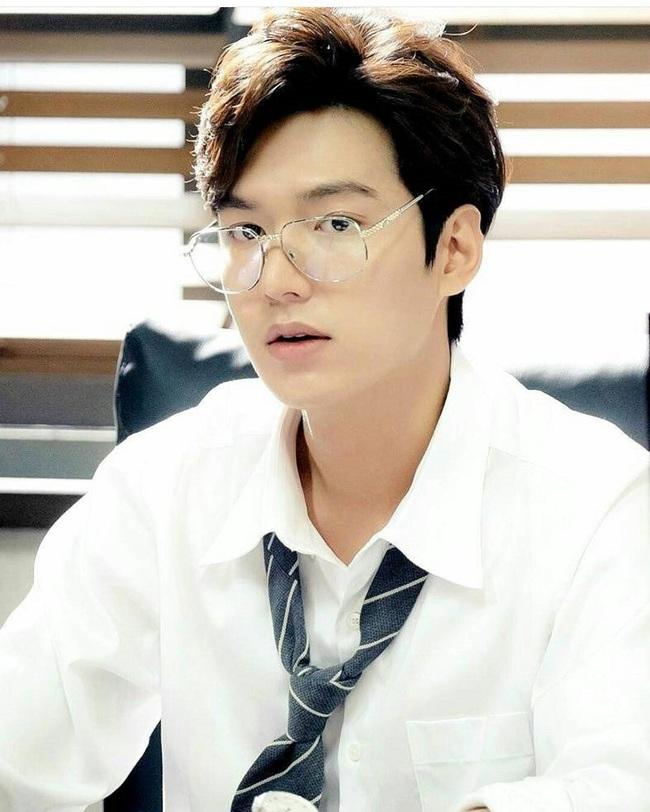 Jeon Ji Hyun bị Lee Min Ho trói lại vì... nghịch như giặc - Ảnh 15.