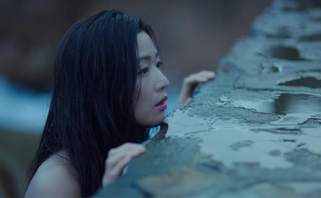 Jeon Ji Hyun bị Lee Min Ho trói lại vì... nghịch như giặc - Ảnh 18.
