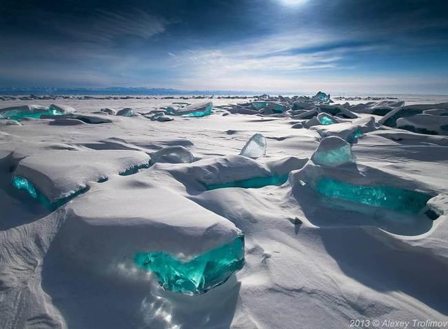Đố bạn biết: Vì sao Greenland thì toàn băng, trong khi Iceland phủ xanh cây cỏ? - Ảnh 1.