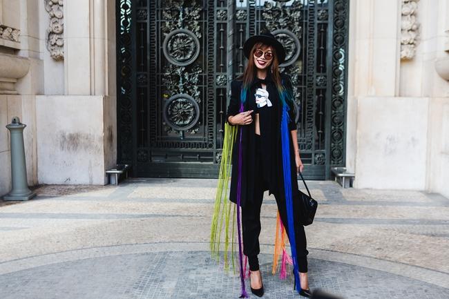 Ngưỡng mộ với cô gái Việt siêu chất, nổi bật ở tuần lễ thời trang Paris - Ảnh 5.