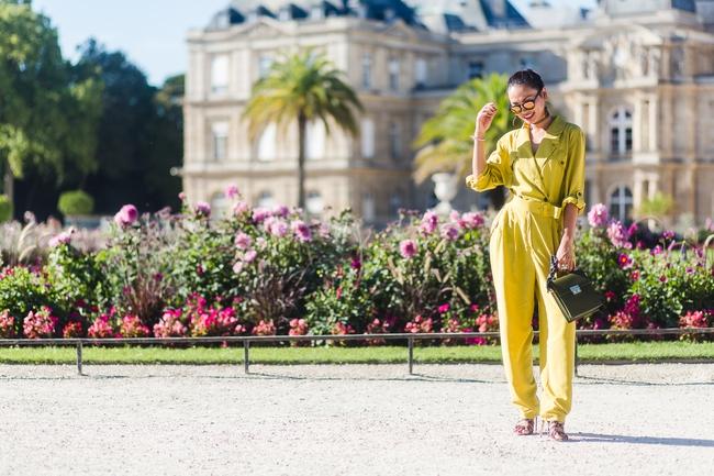 Ngưỡng mộ với cô gái Việt siêu chất, nổi bật ở tuần lễ thời trang Paris - Ảnh 16.