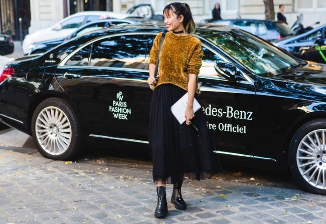 Ngưỡng mộ với cô gái Việt siêu chất, nổi bật ở tuần lễ thời trang Paris - Ảnh 20.
