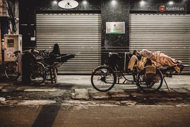 Giấc ngủ đêm của người lao động nghèo ở Sài Gòn chỉ có giá... vài nghìn đồng! - Ảnh 6.