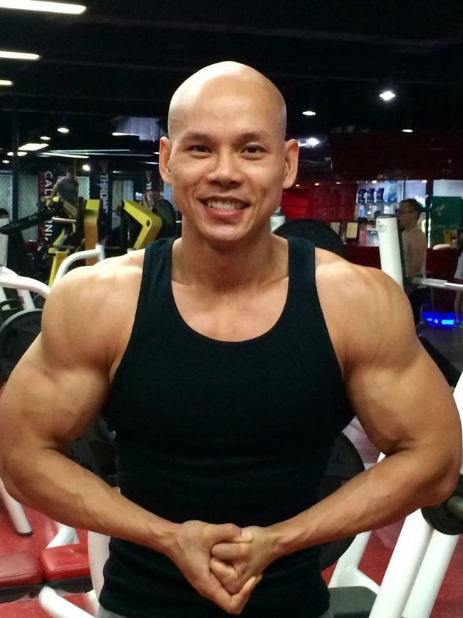 Ở tuổi 41, Phan Đình Tùng vẫn gây ấn tượng với thân hình 6 múi không thể chuẩn hơn! - Ảnh 8.