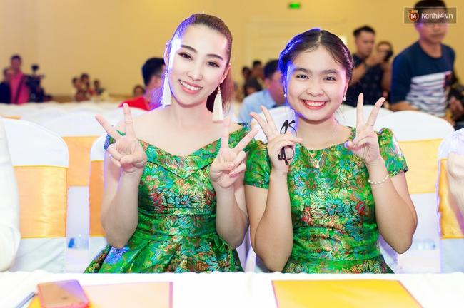 Chị em Công Nghĩa - Thiện Nhân xinh đẹp, nổi bật giữa họp báo Tuyệt đỉnh song ca - Ảnh 6.