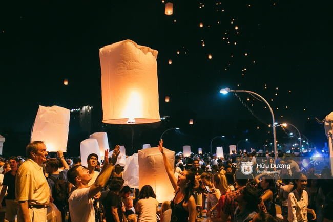 Có bạn nào đang ở Chiang Mai và vừa được ngắm hai lễ hội đèn trời tuyệt đẹp ở đây không? - Ảnh 5.