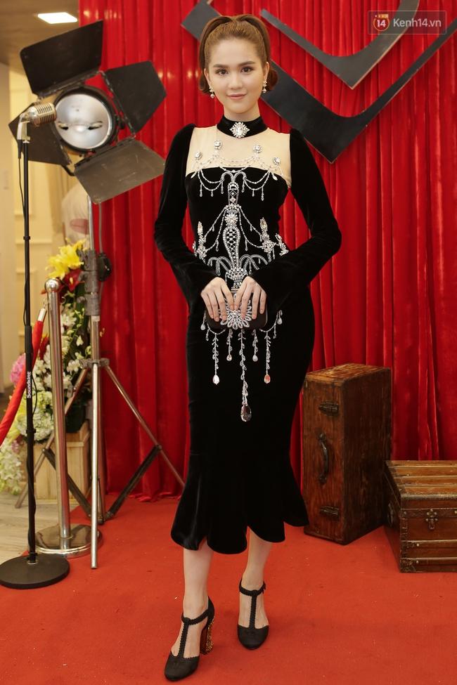 Ngọc Trinh, Mai Ngô đọ nhan sắc với dàn mỹ nhân tại sự kiện - Ảnh 1.