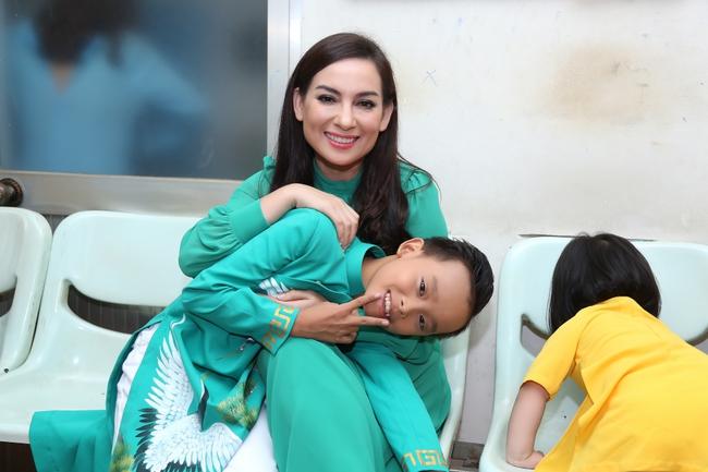 Hồ Văn Cường tất bật chạy show sau khi đăng quang Vietnam Idol Kids - ảnh 4