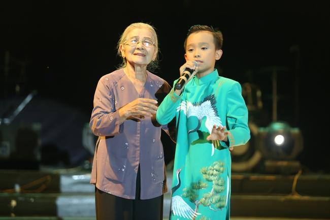 Hồ Văn Cường tất bật chạy show sau khi đăng quang Vietnam Idol Kids - ảnh 2