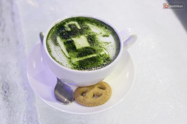 Bàn ghế làm từ băng, không gian âm 10 độ C, đây chắc chắn là quán cà phê độc nhất Sài Gòn - Ảnh 14.