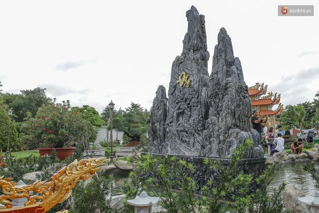 Cập nhật: Khung cảnh nhà thờ Tổ trị giá 100 tỷ của Hoài Linh - Ảnh 5.