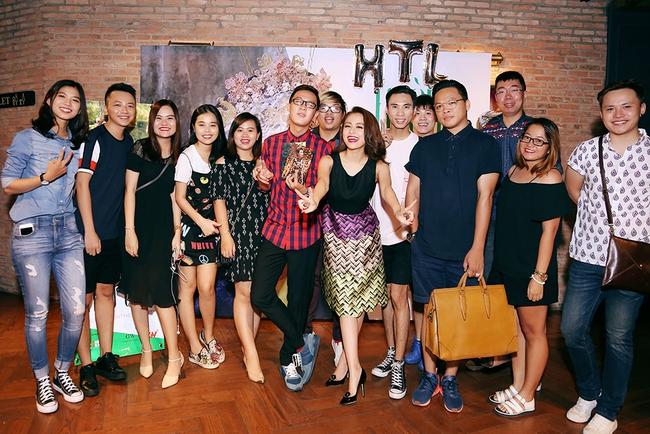Hoàng Thùy Linh mừng sinh nhật sớm, cùng fan xem trước MV mới - Ảnh 1.