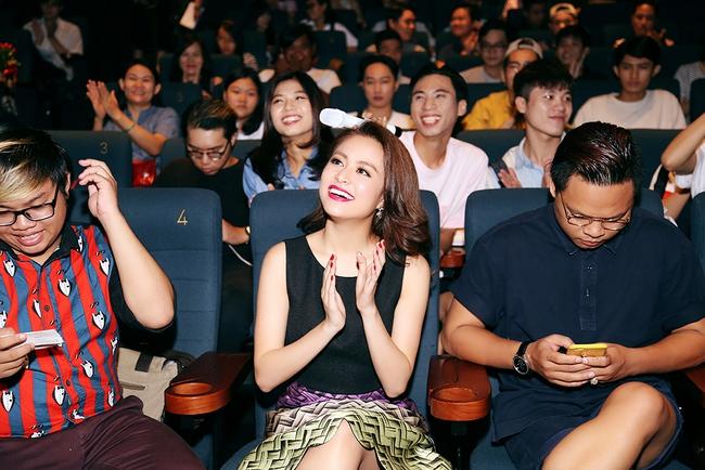 Hoàng Thùy Linh mừng sinh nhật sớm, cùng fan xem trước MV mới - Ảnh 6.
