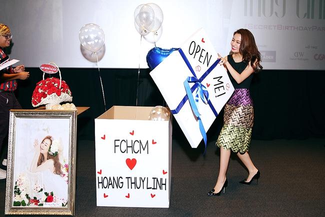 Hoàng Thùy Linh mừng sinh nhật sớm, cùng fan xem trước MV mới - Ảnh 10.