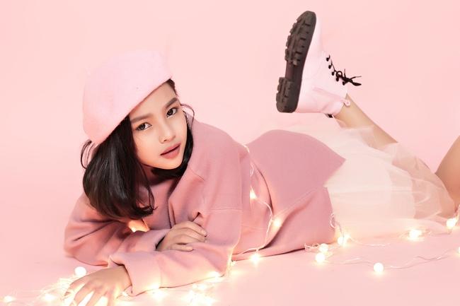 Cô bé 10 tuổi người Việt với phong cách thời trang không kém gì fashionista nhí nước ngoài - Ảnh 18.
