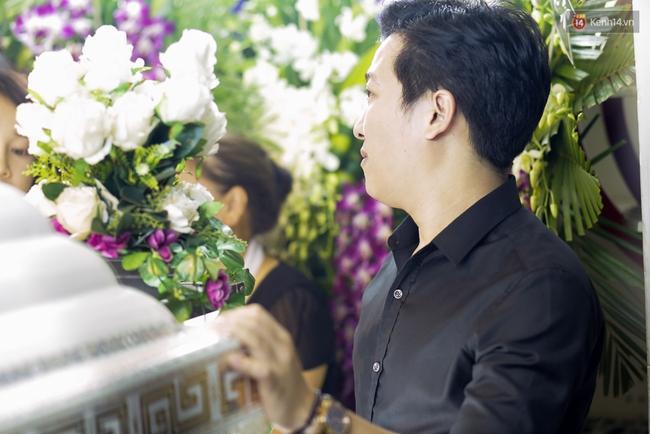 Lễ tang Minh Thuận đêm cuối: Trường Giang - Nhã Phương cùng sao Việt đến tiễn đưa người anh, người đồng nghiệp đáng mến! - Ảnh 17.