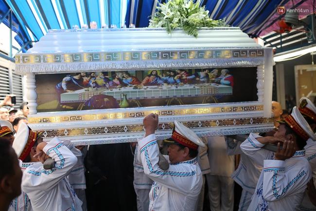 Bố Minh Thuận, Nhật Hào bật khóc xúc động trong tang lễ - Ảnh 26.