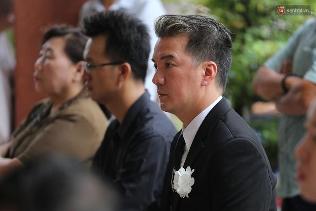 Bố Minh Thuận, Nhật Hào bật khóc xúc động trong tang lễ - Ảnh 34.
