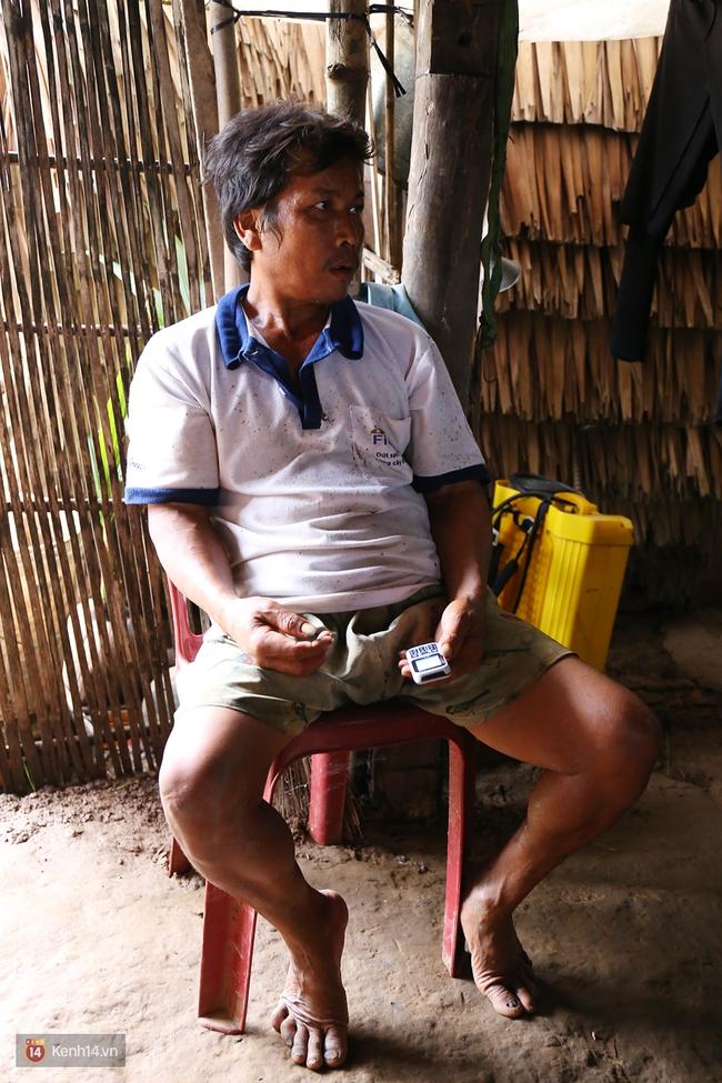 Gia cảnh nhà Tùng Sơn: Ở nhà đất, lợp mái lá, vẫn cố cho con 50 nghìn lên Sài Gòn - Ảnh 7.