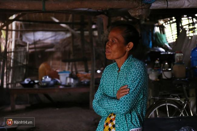 Gia cảnh nhà Tùng Sơn: Ở nhà đất, lợp mái lá, vẫn cố cho con 50 nghìn lên Sài Gòn - Ảnh 10.