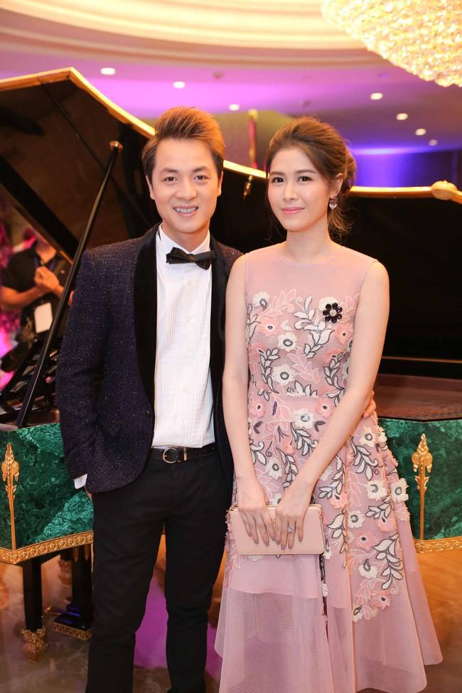 Hoa hậu Đỗ Mỹ Linh ngày càng quyến rũ, vợ chồng Đăng Khôi hạnh phúc dự sự kiện - Ảnh 4.
