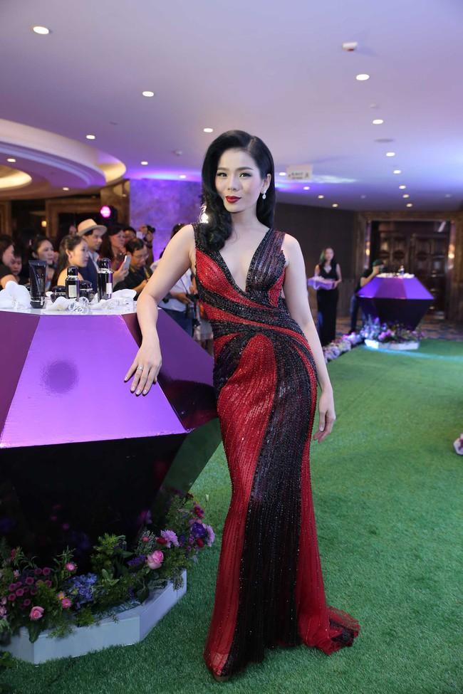 Hoa hậu Đỗ Mỹ Linh ngày càng quyến rũ, vợ chồng Đăng Khôi hạnh phúc dự sự kiện - Ảnh 9.