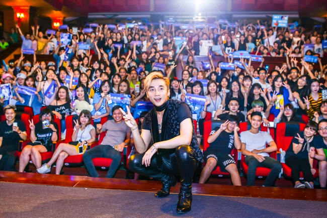 Sau 5 năm, Sơn Tùng M-TP bất ngờ khi gặp lại cô bé fan đã đặt nickname Sky cho mình! - Ảnh 18.