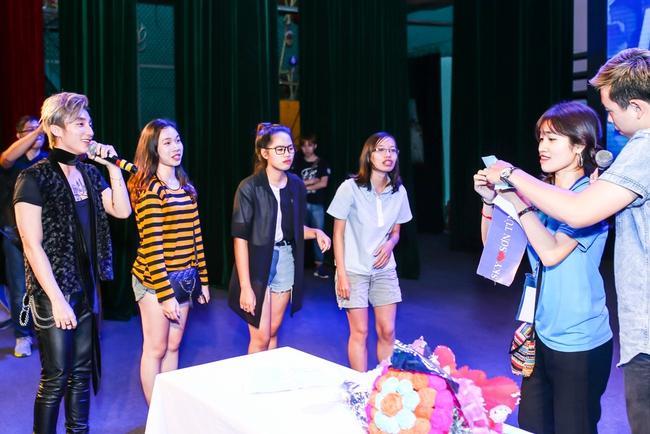 Sau 5 năm, Sơn Tùng M-TP bất ngờ khi gặp lại cô bé fan đã đặt nickname Sky cho mình! - Ảnh 19.