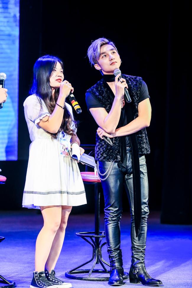 Sau 5 năm, Sơn Tùng M-TP bất ngờ khi gặp lại cô bé fan đã đặt nickname Sky cho mình! - Ảnh 11.