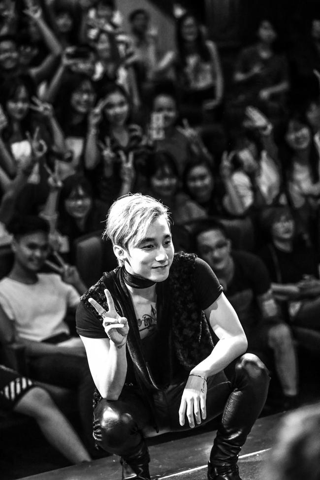 Sau 5 năm, Sơn Tùng M-TP bất ngờ khi gặp lại cô bé fan đã đặt nickname Sky cho mình! - Ảnh 29.