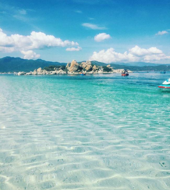 Cần chi đi đâu xa, ở Việt Nam cũng có những vùng biển đẹp không thua gì Maldives! - Ảnh 20.