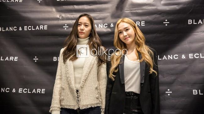 Jessica đẹp lạ bên Krystal, bạn trai đại gia cũng có mặt ủng hộ - Ảnh 9.