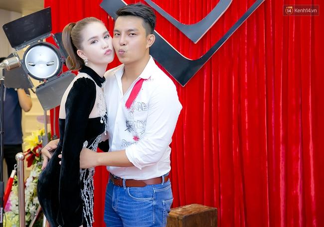 Ngọc Trinh, Mai Ngô đọ nhan sắc với dàn mỹ nhân tại sự kiện - Ảnh 3.