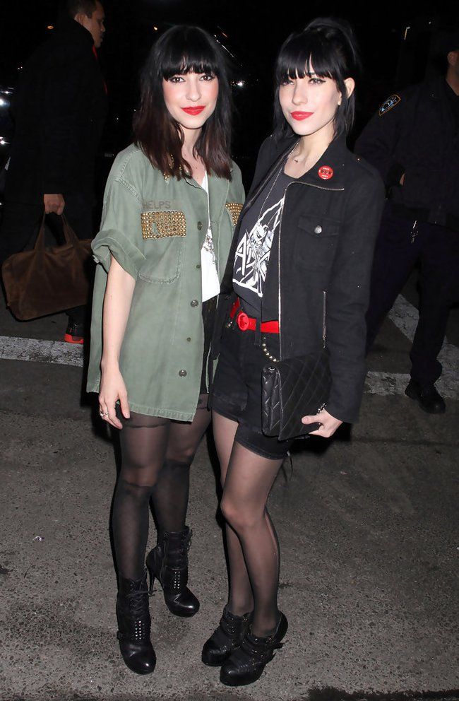 Harley Quinn dẫn đầu, Miranda Kerr không lọt nổi Top 5 mỹ nhân Úc nóng bỏng nhất - Ảnh 10.