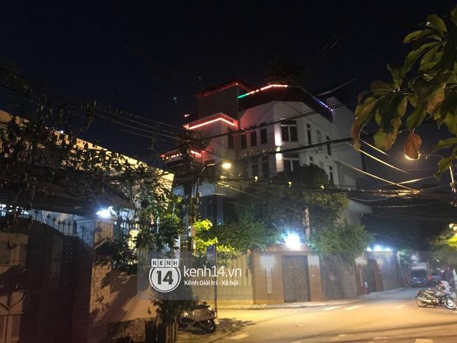 Hàng xóm Đàm Vĩnh Hưng cho biết: Lâu lắm rồi không thấy mẹ Hưng dạo ngang qua đây - Ảnh 1.