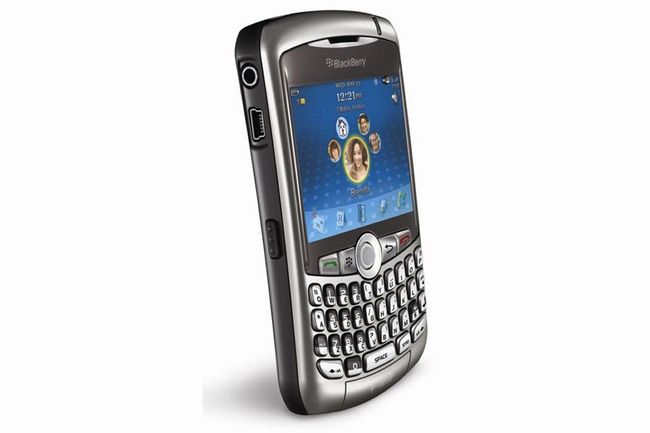 Những điện thoại đáng nhớ nhất của các hãng sản xuất lớn - Ảnh 2.