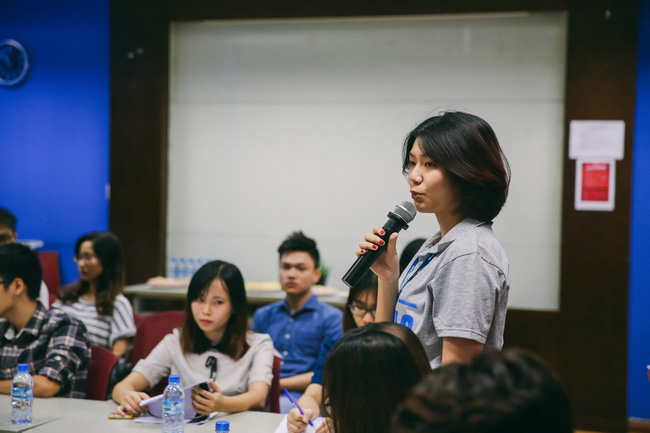 Học sinh Hà Nội thử tài tiếng Anh qua cuộc thi GLN New Face - Ảnh 3.