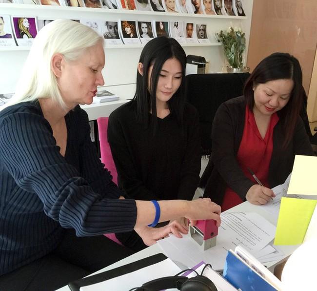 Phía VNTM lên tiếng tố Kha Mỹ Vân làm việc vô tổ chức, Mâu Thủy đã xin lỗi trực tiếp bà Trang Lê - Ảnh 4.
