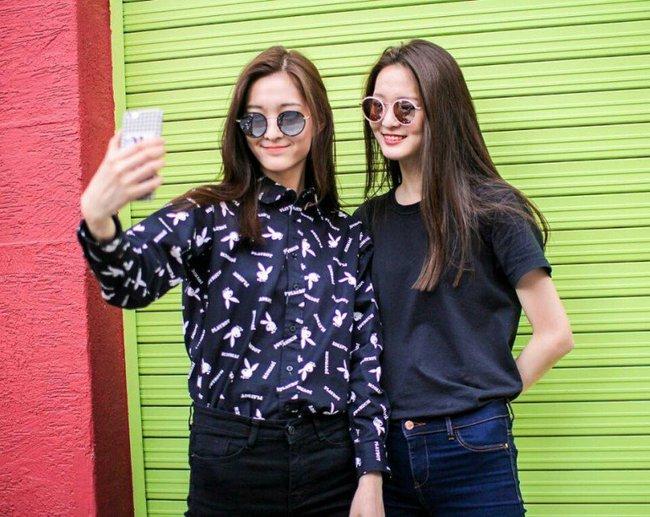Cặp mẫu sinh đôi nhà YG khiến netizen đảo điên vì quá đẹp! - Ảnh 2.