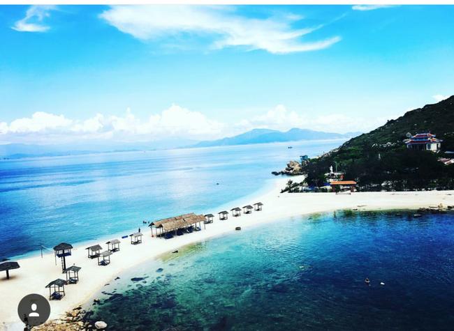 Cần chi đi đâu xa, ở Việt Nam cũng có những vùng biển đẹp không thua gì Maldives! - Ảnh 34.