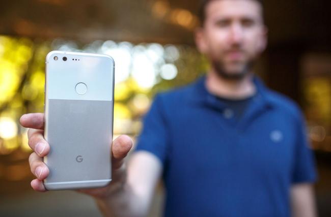 Google trở lại với smartphone... không thể xấu hơn - Ảnh 3.