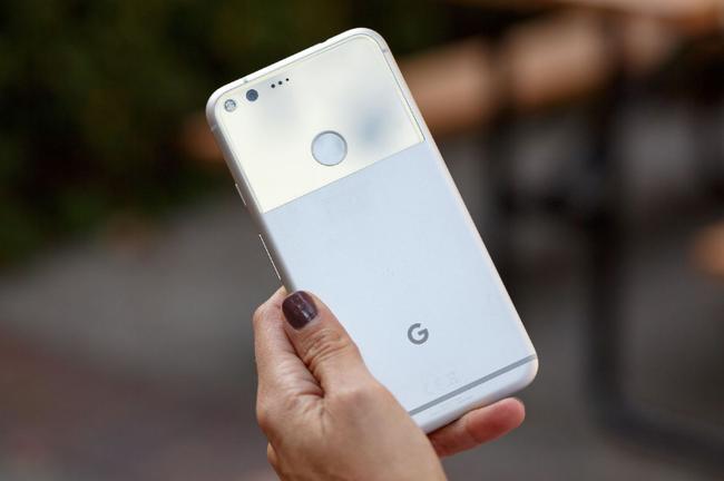 Google trở lại với smartphone... không thể xấu hơn - Ảnh 4.