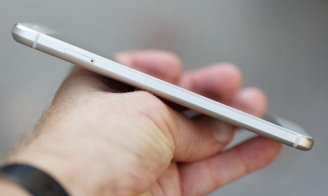 Google trở lại với smartphone... không thể xấu hơn - Ảnh 7.