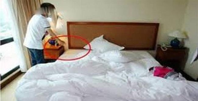 Mất sạch tài sản khi để đồ trong khách sạn lúc tắm biển - Ảnh 1.